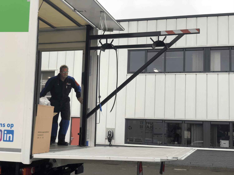 keuring laadklep vrachtwagen automotive