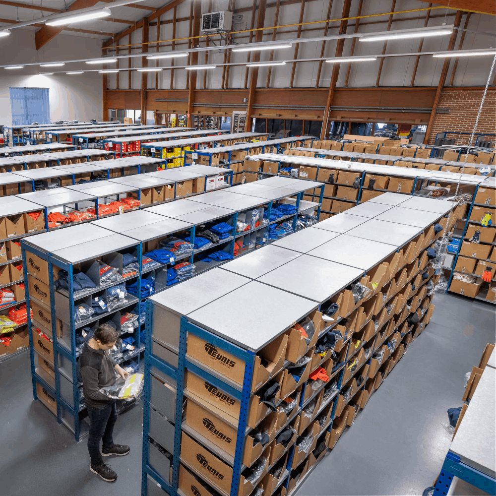 magazijn mederwerk teunis bedrijfskleding